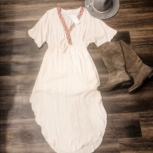 Dresses & Skirts - NWT honey belle midi boho dress